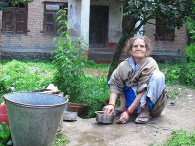 L'àvia de la casa d'acollida